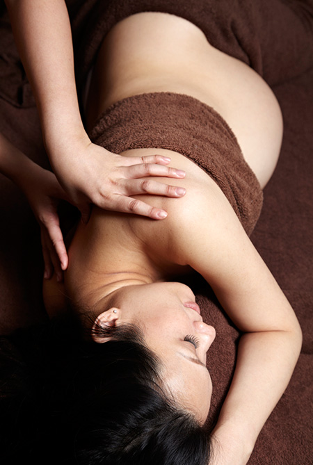 Prenatal-Comfort-Soothing-Body-massage